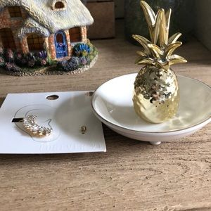🍍 Pineapple jewelry catcher and earring climber